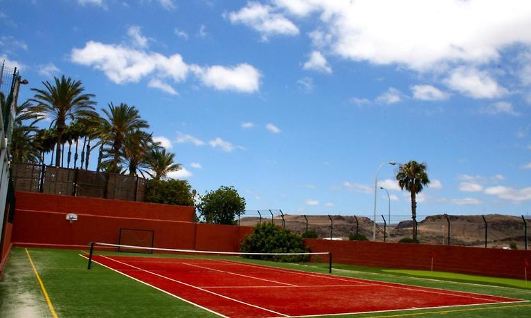 Corona Roja Playa Del Inglés